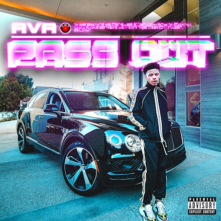 Ava Makebelieve & Lil Mosey – Pass Out